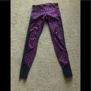 Like new lulu leggings size 6